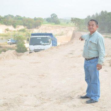 Землевладелец похитил почву у соседа