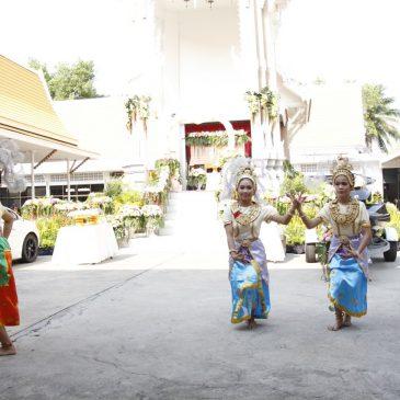 Похоронная церемония в храме Чаймонгкол