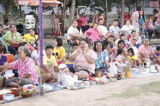Церемония Gong Khao в рамках Сонгкран