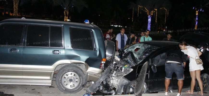Автомобиль насмерть сбил пешеходку в Паттайе