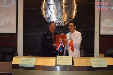 Бизнесмены Паттайи подписали соглашение о сотрудничестве с коллегами из Китая