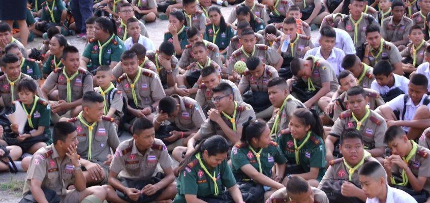 Научная выставка в школе Потисампан в Паттайе