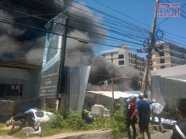 Пожар в лагере строителей в Паттайе
