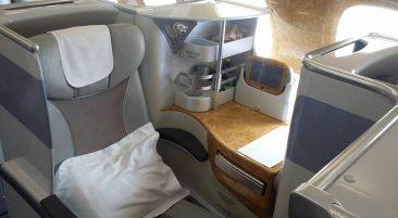 Emirates Airbus A380: Бангкок - Гонконг