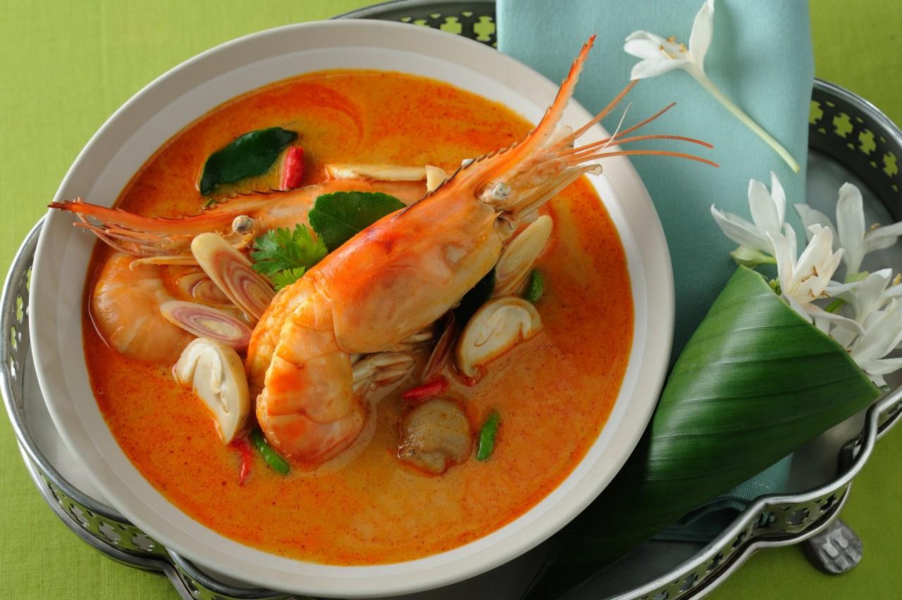 Знаменитый тайский суп Том Ям