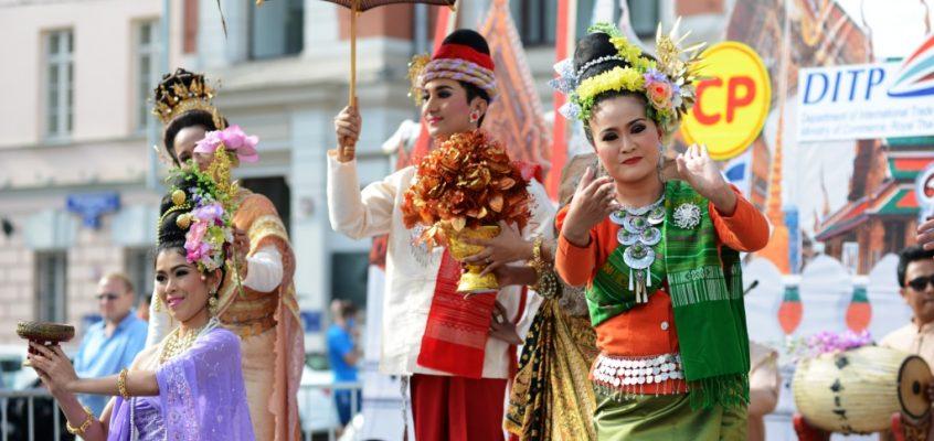Культурный обмен: Тайский фестиваль в Москве и дни России в Бангкоке