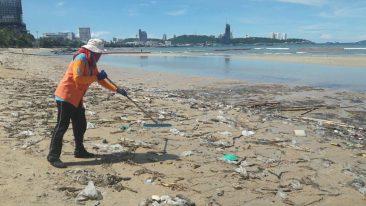 Море Паттайи – тонны мусора за ночь