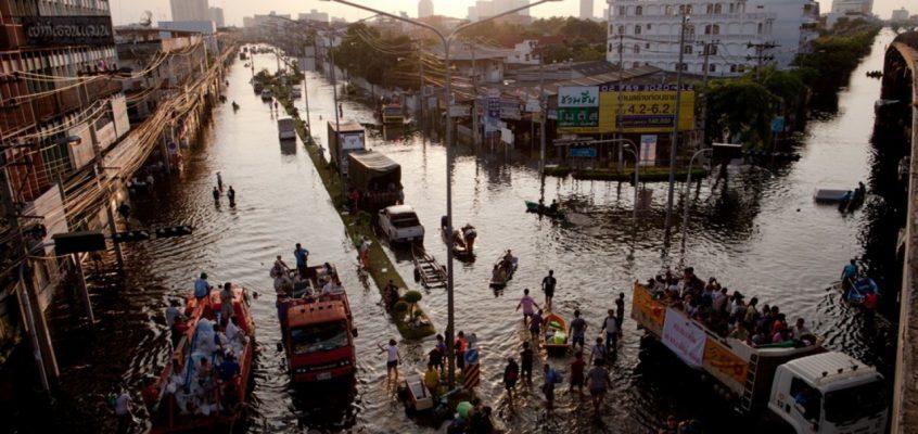 Наводнение в Таиланде — Центральный регион в ожидании