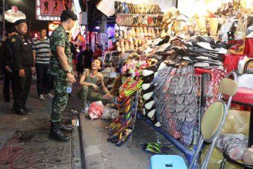 Полицейский рейд на Walking Street в Паттайе