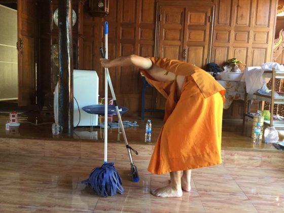 Монашеская жизнь мэра Паттайи