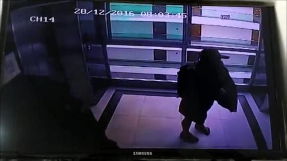 Девушка с Волкинг Стрит ограбила туриста из России