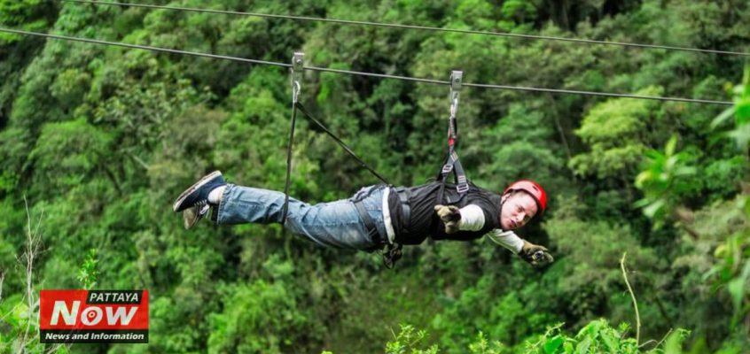 Туристы упали во время полета над джунглями в Таиланде
