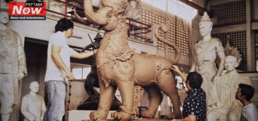 В Таиланде строят погребальный комплекс для Короля