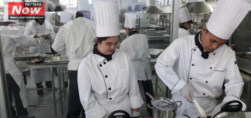 Тайцы недовольны своей работой