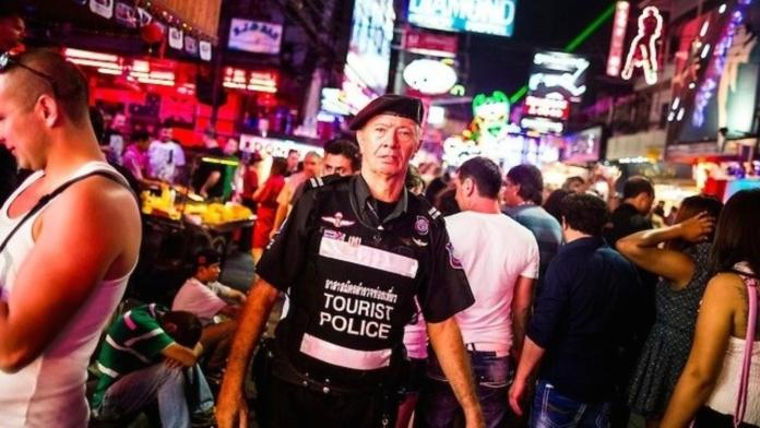 Волонтеры туристической полиции в Паттайе