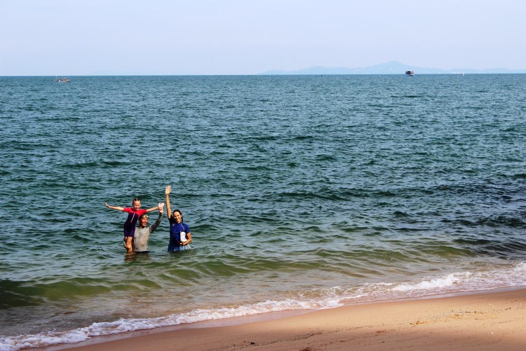 заплыв на остров Ко Лан из Паттайи