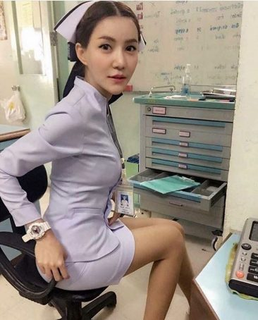 Слишком сексуальная медсестра в Таиланде потеряла работу
