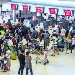 Огромные очереди в аэропортах Таиланда