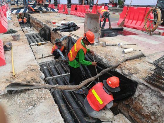 Паттайя в раскопках – город прокладывает электрокабели