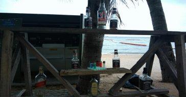 В Паттайе появился пляж-туалет