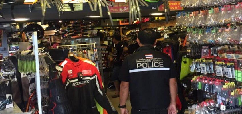 В Паттайе разыскивают нелегальных мото механиков