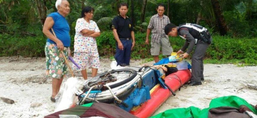 В Таиланде задержали иностранца (вероятно русский), который плыл из Трата в Паттайю