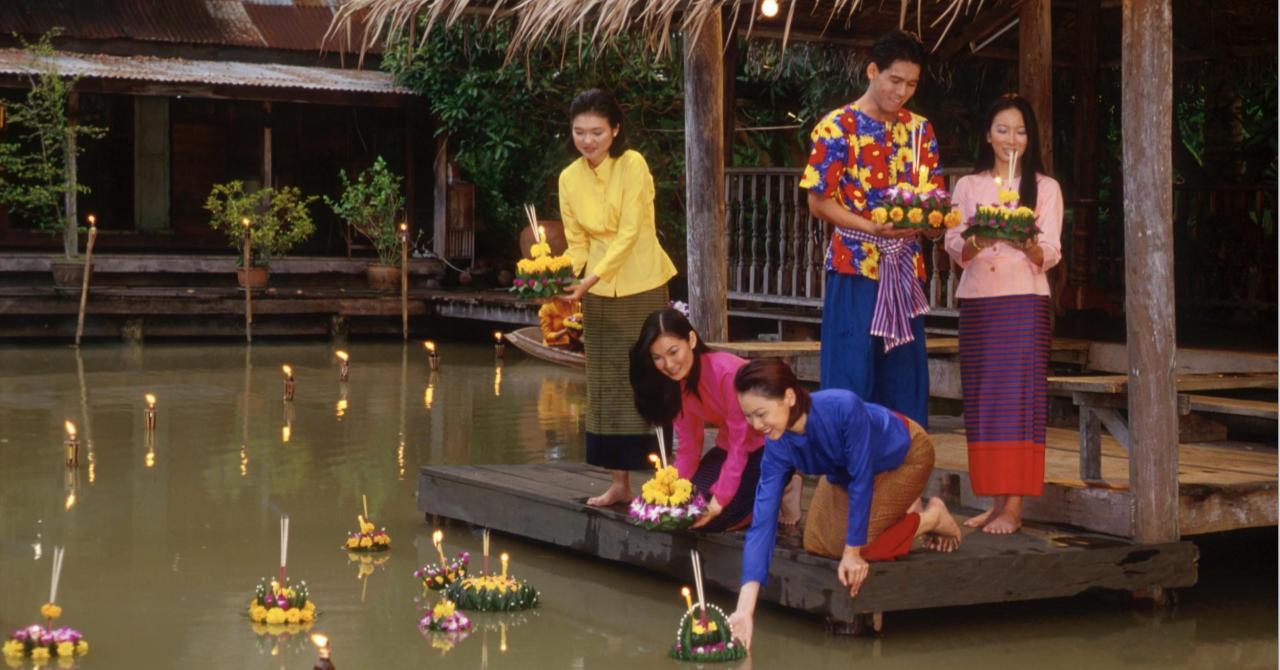 Лой Кратонг в Паттайе