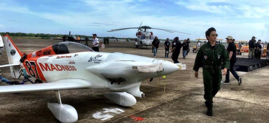 Воздушная гонка в аэропорту У-Тапао в Паттайе