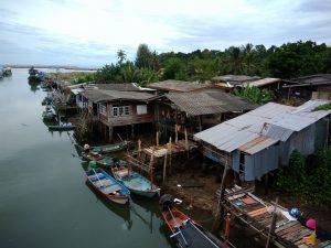 Как строят корабли и марины в Таиланде