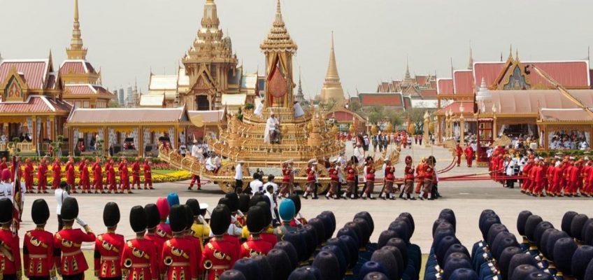 Туристы смогут посмотреть королевский крематорий в Таиланде