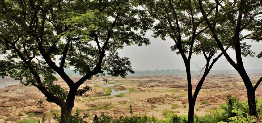 Сам Пхан Бок, или Тайская Аризона под Лаосом
