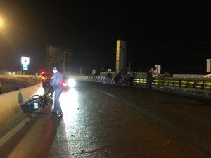 Мотоциклист упал с моста в Паттайе