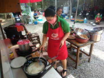 Чем кормят на Квае в Таиланде