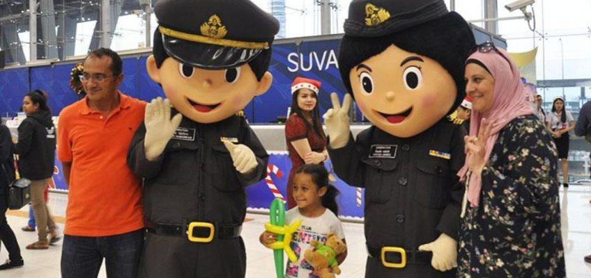 Иммиграционная служба Таиланда разыскивает более 8 тысяч иностранцев