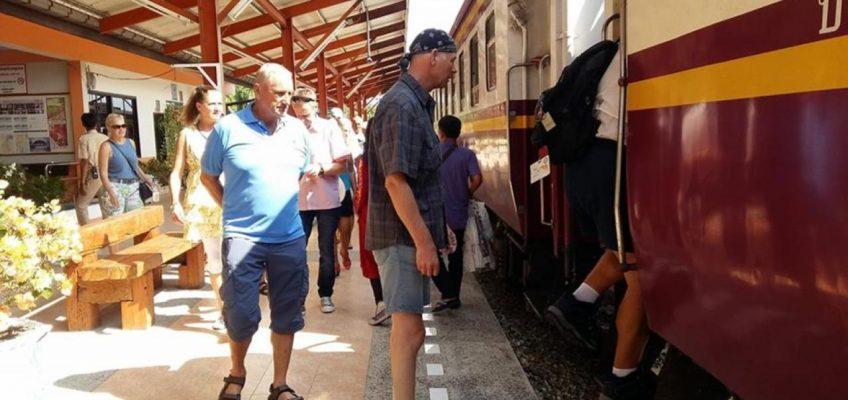 Поезд выходного дня из Бангкока в Паттайю