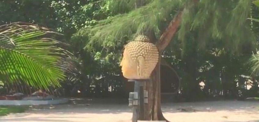 В Таиланде снесли голову Будды (ВИДЕО)