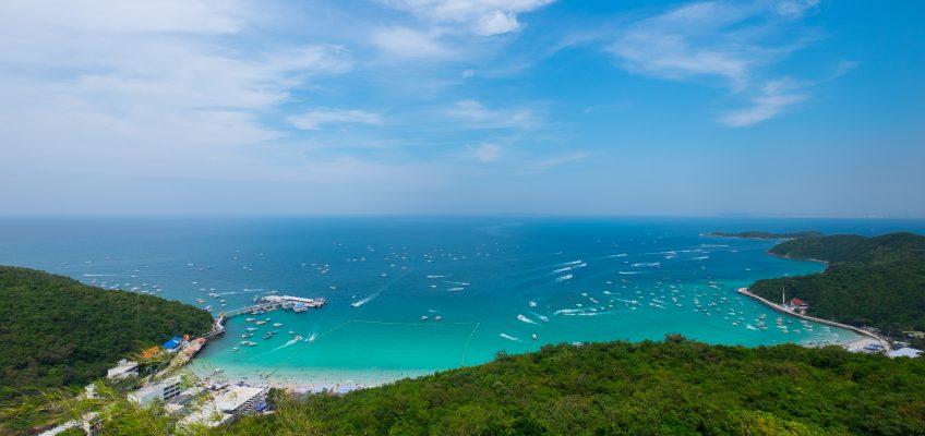 Лан (тайск. เกาะล้าน) — один из островов в Сиамском заливе на восточном побережье Таиланда. Относится к группе ближайших к Паттайе островов. Также ещё известен как «Коралловый остров». Является популярным туристическим местом Паттайи.