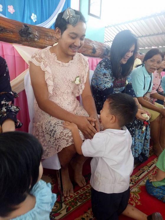 День рождения королевы Таиланда - день Матери