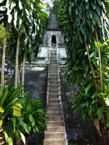 Будда-парк во Вьентьяне, что посмотреть в Лаосе