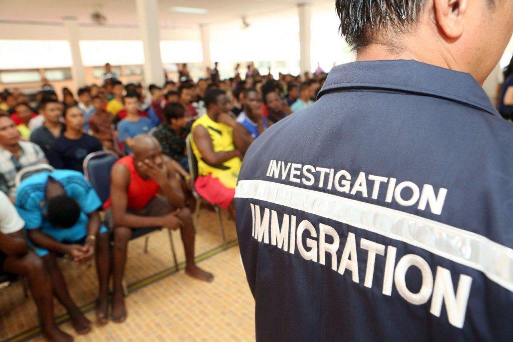 Таиланд обещает арестовать 7 тысяч иностранцев в октябре