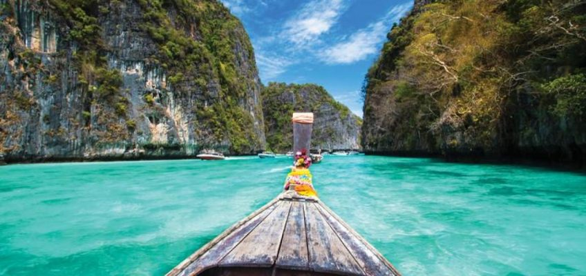 Работа мечты — путешествовать по Таиланду и сняться в фильме о своём приключении