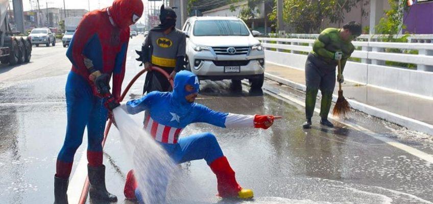 Супергерои из кино убирают дороги в Таиланде