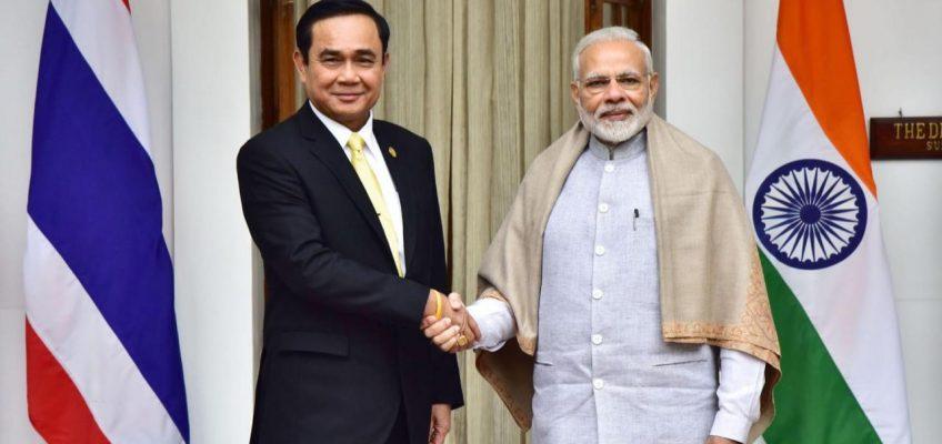 Туристические операторы Таиланда предложили уделять больше внимания туристам из Индии и стран АSEАN, поскольку два этих рынка могут стать основными для туристической индустрии Таиланда в течение следующих семи лет