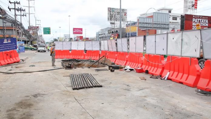 В Паттайе строят новый водопровод за 30 млн батов