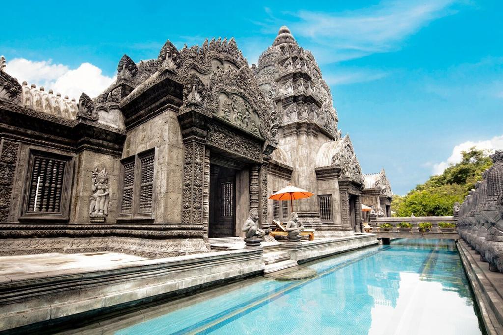 Камбоджа возмутилась фасадом отеля в Таиланде — копия Ангкор-Ват