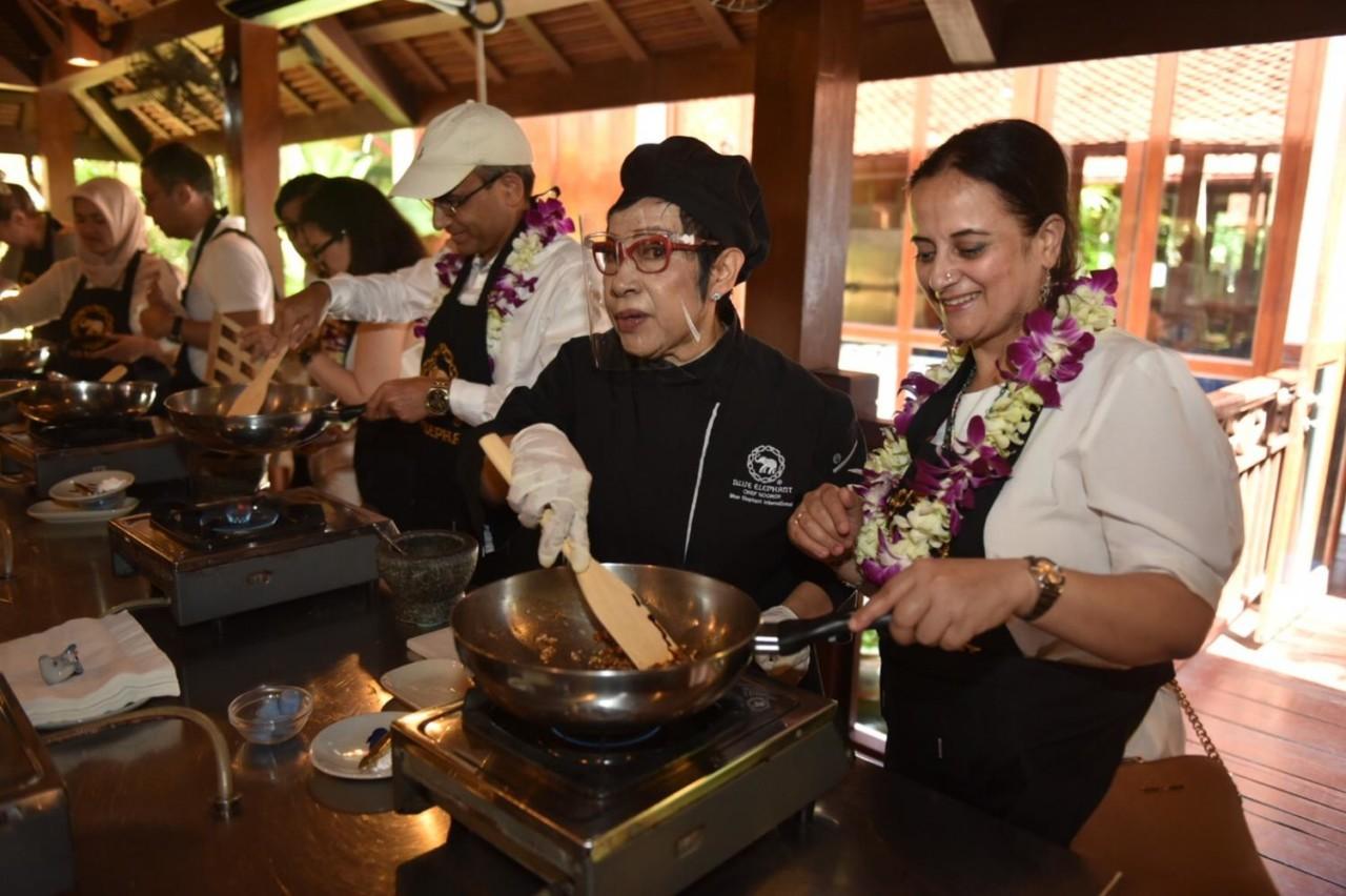 Послы 15 стран отдыхают сейчас на Пхукете в Таиланде