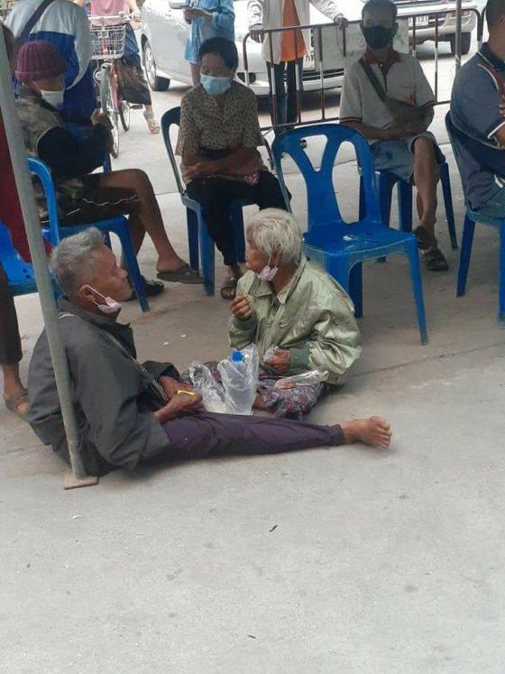 Трогательное видео в Таиланде побудило пожертвовать миллионы бедной женщине и её сыну