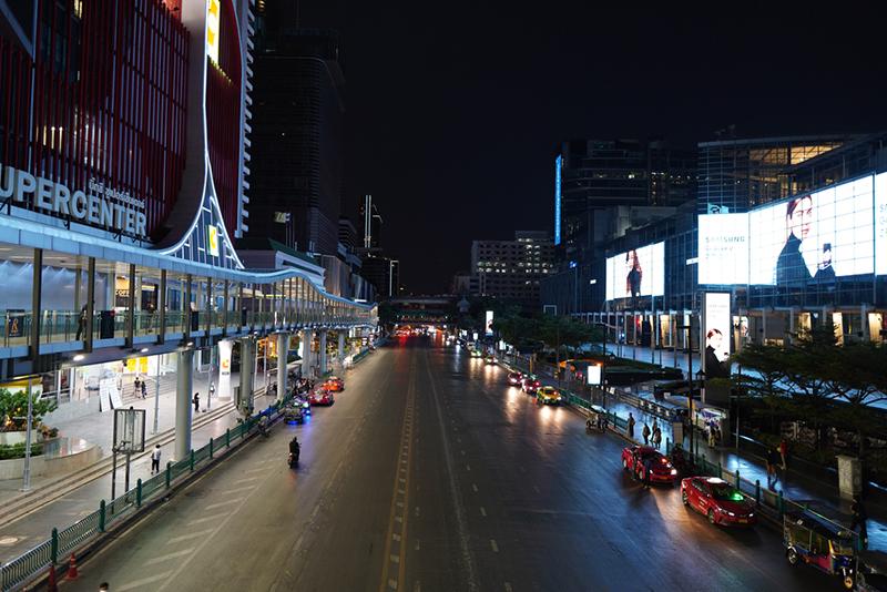 Таиланд вводит комендантский час в Паттайе и Бангкоке