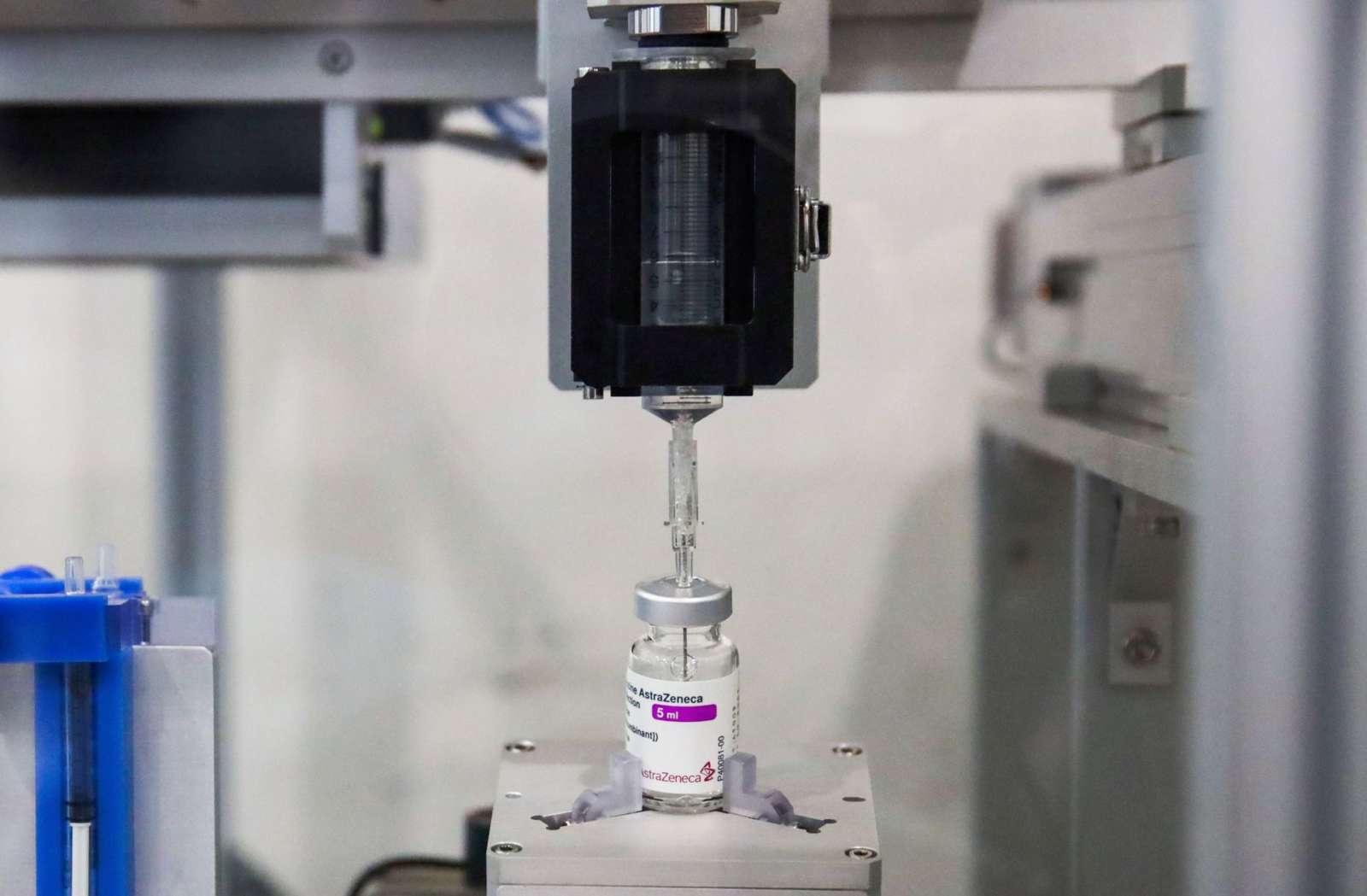 В Таиланде разработали роботизированную систему для дозирования вакцин